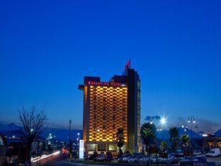 Hotel Breaking Business