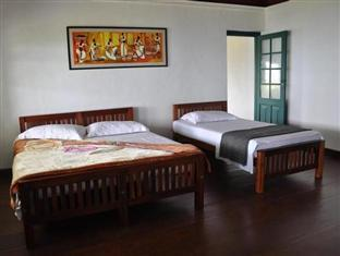 Sir Johns Bungalow Matale - Standard Room for two/three