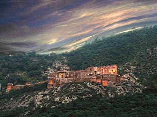 The Dadhikar Fort Hotel Алвар