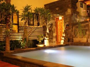 ホテル スアダナ バリ島 - プール