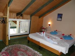 La Diguoise Guest House Seychelles Islands - Standard Room