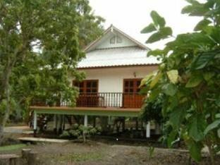 バーン スアン ヌチリアン ホームステイ Baan Suan Nuchliang Homestay
