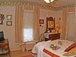 The Homespun Country Inn Bed And Breakfast Nappanee (IN) - Guest Room