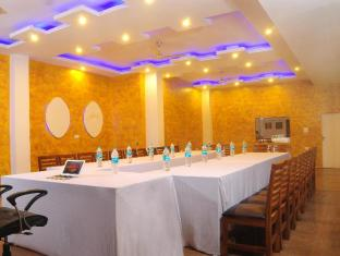 Hotel City Heights New Delhi - Vergaderruimte