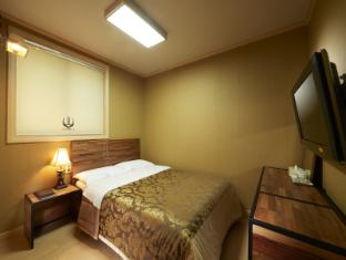 【 ホテル】ノベル ホテル(Noble Hotel)