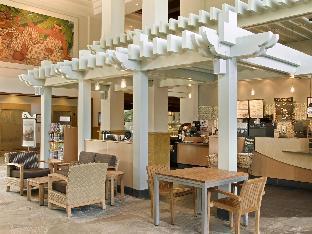 Interior Hilton Hawaiian Village Waikiki Beach Resort