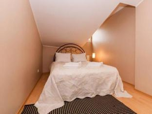 Town Hall Square Apartments Pikk Street Tallinn - Guest Room