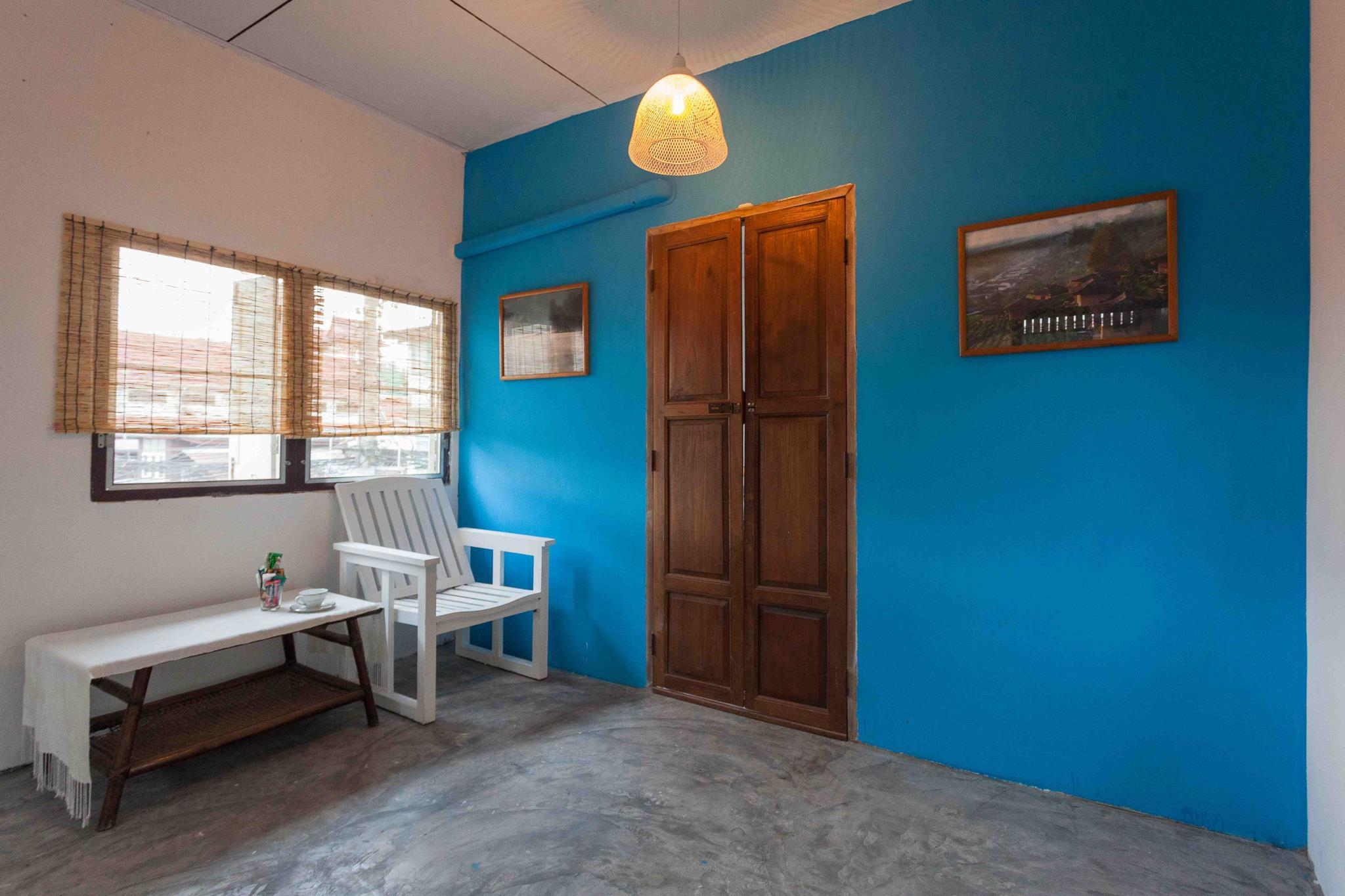 JarunVintage home 789 near Chaopraya & Rama VIII