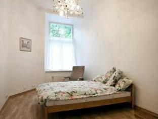 Old Town Lux Apartment Tallinn - Guest Room