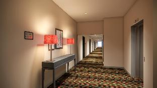 view of Country Inn and Suites by Radisson Seattle-Bothell WA