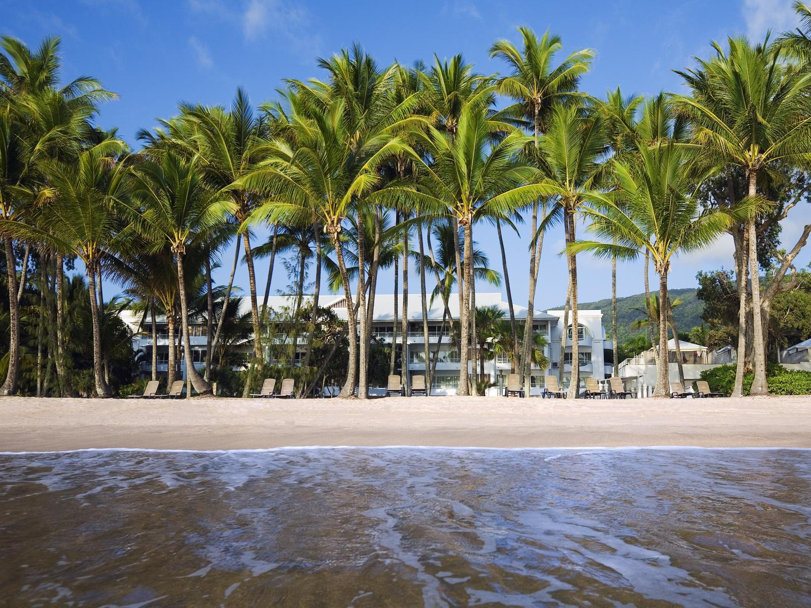 Alamanda Palm Cove Resort by Lancemore Deals