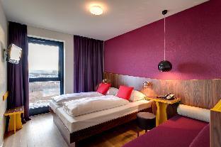 ➦  Meininger Hotels    customer rating
