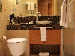 Radisson Blu Marina Hotel Connaught Place New Delhi og NCR - Bad