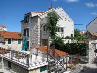 Ulica Frane Petrića 10 Split 21000