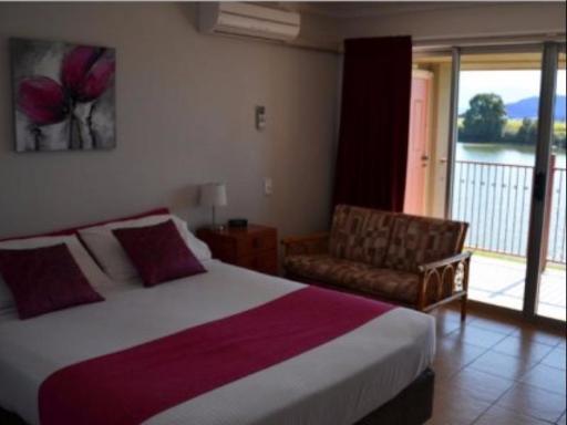 Best PayPal Hotel in ➦ Murwillumbah: Town Palms Motel