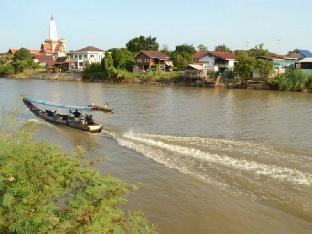 booking Ayutthaya Thaihouse The Riverfront hotel