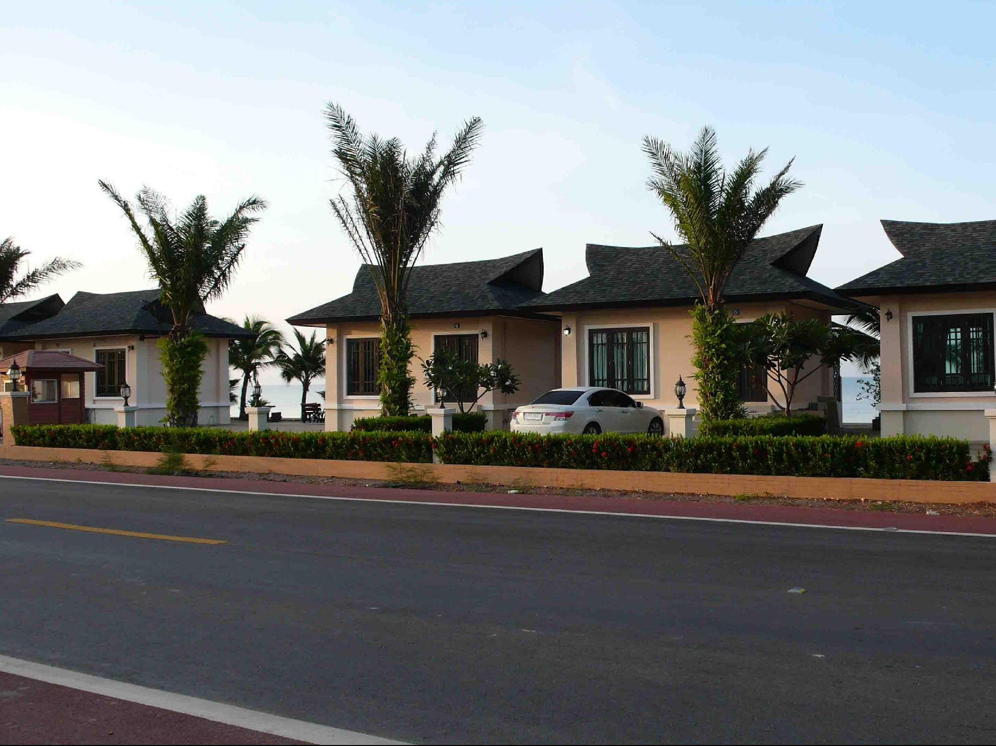 海滨蓝色小屋酒店,บ้านฟ้าทะเลจันท์