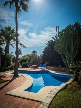 Andalucian private villa 60 meters from the beach!
