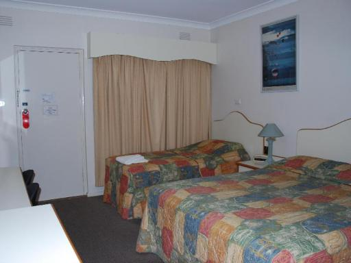 Golfview Motor Inn hotel accepts paypal in Wagga Wagga