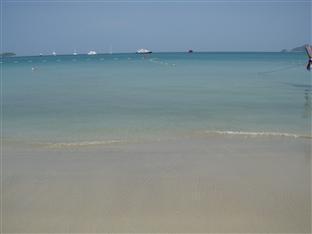 JJ&J芭东海滩酒店 普吉岛 - 沙滩