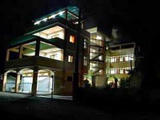 Le Pram Hotel Currimao - Utsiden av hotellet