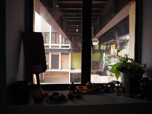 Backlane Hostel @ Central Market
