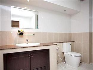 Emerald Palace - Serviced Apartment Pattaya - Bathroom