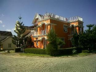 Villa Orange - Kota Bunga