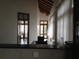Paradise Bay Hotel Bentota/Beruwala - Sea View from the kitchen
