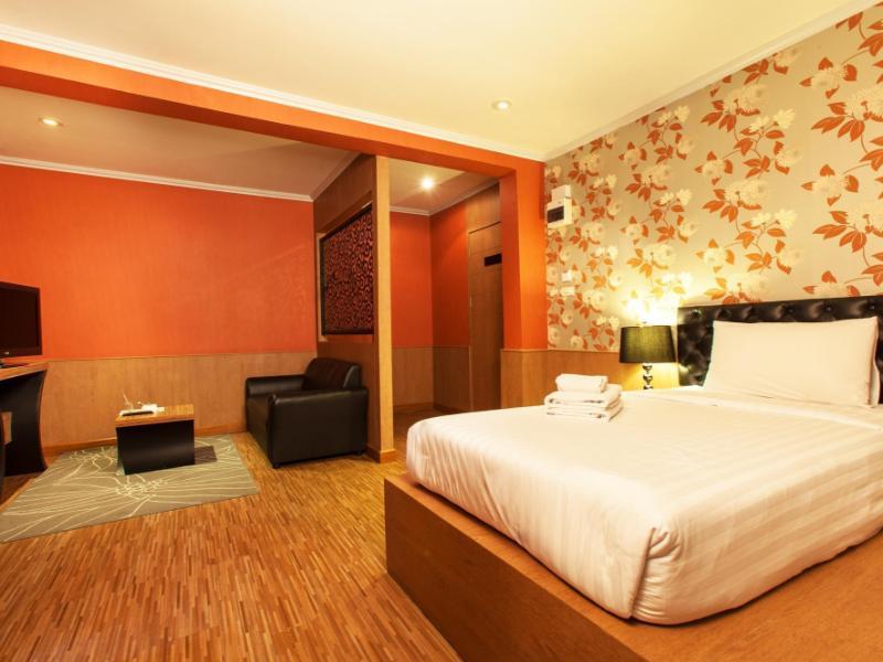 Q ホテル(Q Hotel)