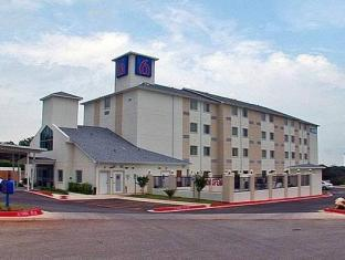 Motel 6-Marble Falls, TX