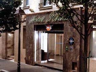 Saint Charles Hotel