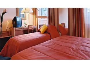 Savoy Hotel Geneva - Guest Room