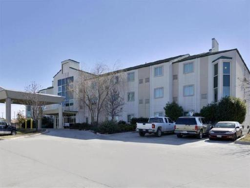 Americas Best Value Inn hotel accepts paypal in Decatur (TX)