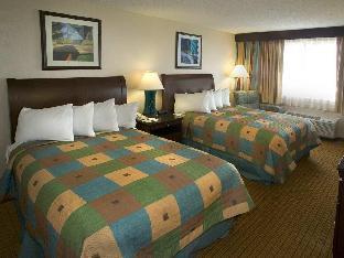 room of Doubletree Denver Hotel
