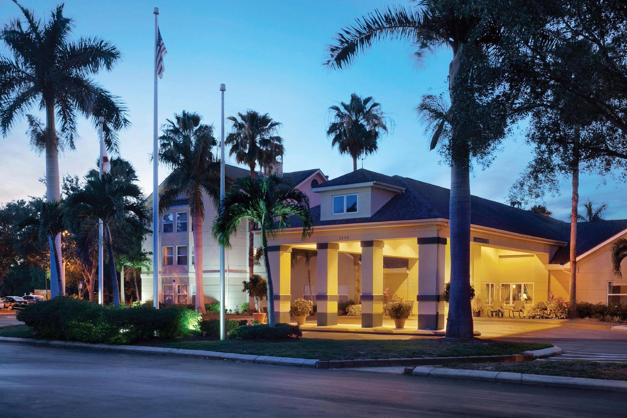 Homewood Suites by Hilton Fort Myers image