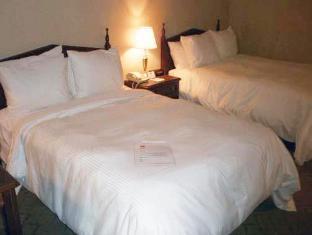 Clarion Inn Conference Center - Modesto, CA 95350