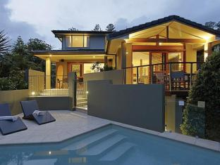 Byron Bay Beach Houses - Byron Bay