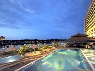 Grand Margherita Hotel Kuching - Poolside night scene