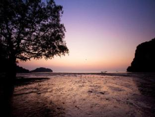 Sunrise Tropical Resort Krabi - Railay East Beach