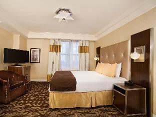 Best guest rating in New York (NY) ➦ Hotel Pennsylvania takes PayPal