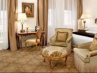 room of The Plaza Hotel