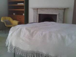 Elegant House Bed and Breakfast Liverpool - Guest Room