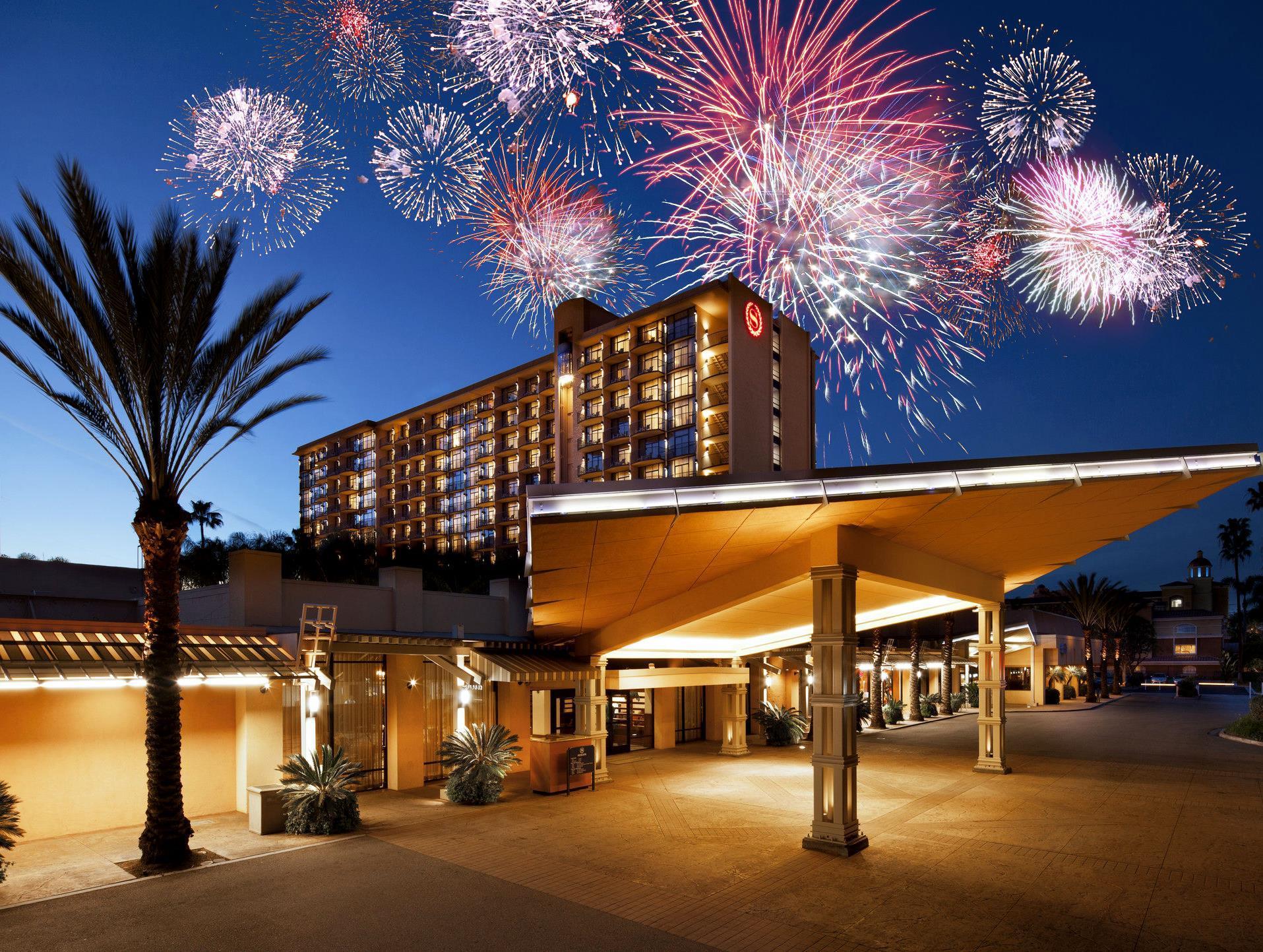 Sheraton Park Hotel at the Anaheim Resort image