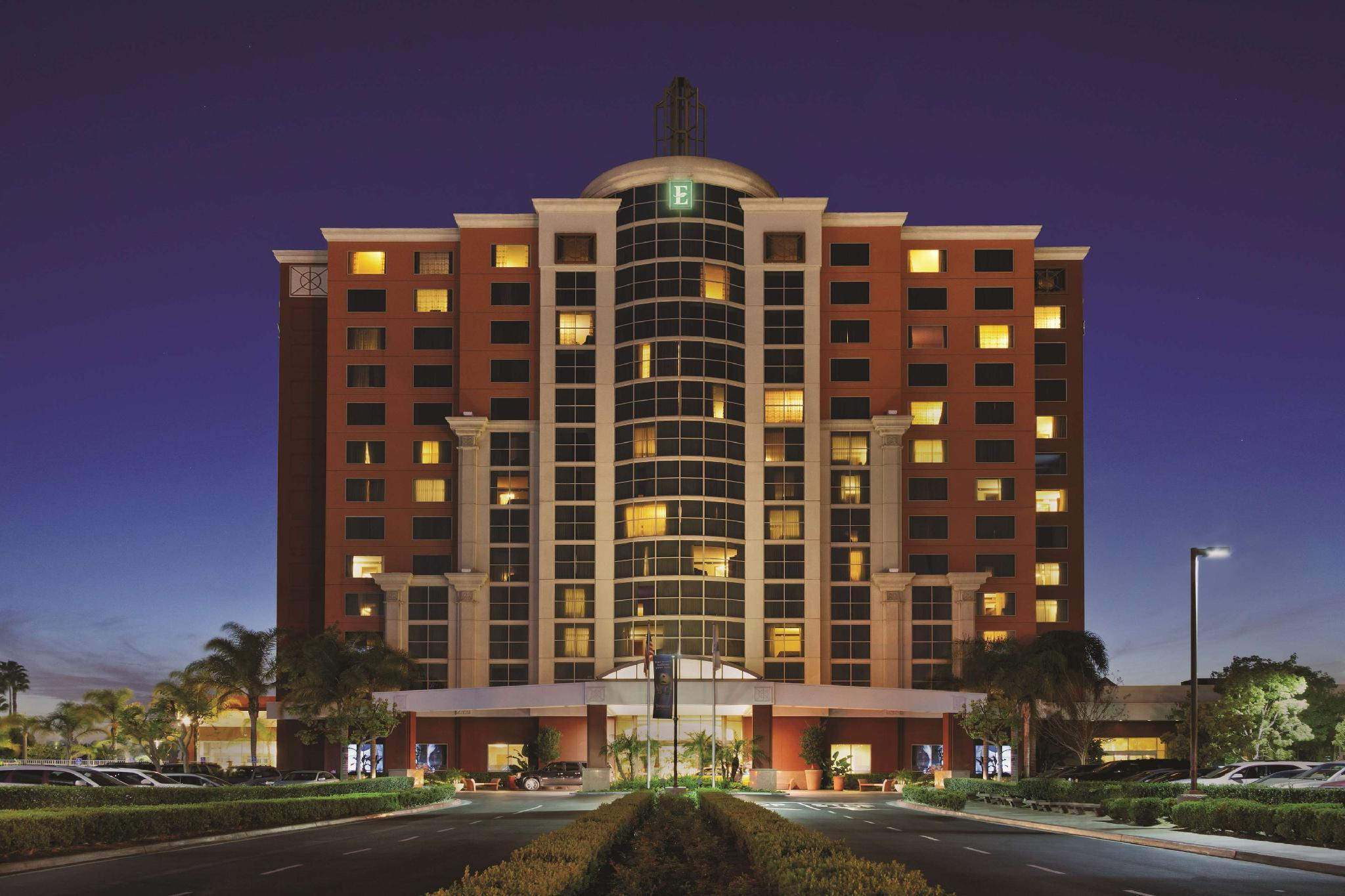 Embassy Suites Anaheim South Hotel image