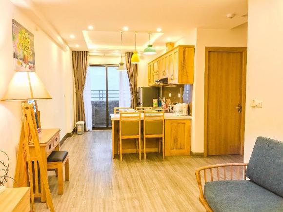 2 BR sea view apartment. My Khe beach 37f