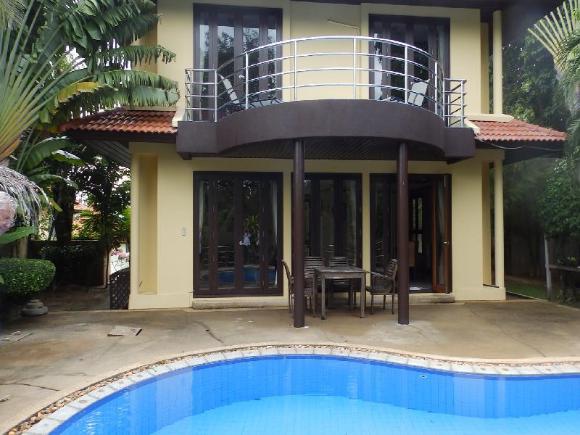 4 Bedroom Villa on beachfront resort (TG43)