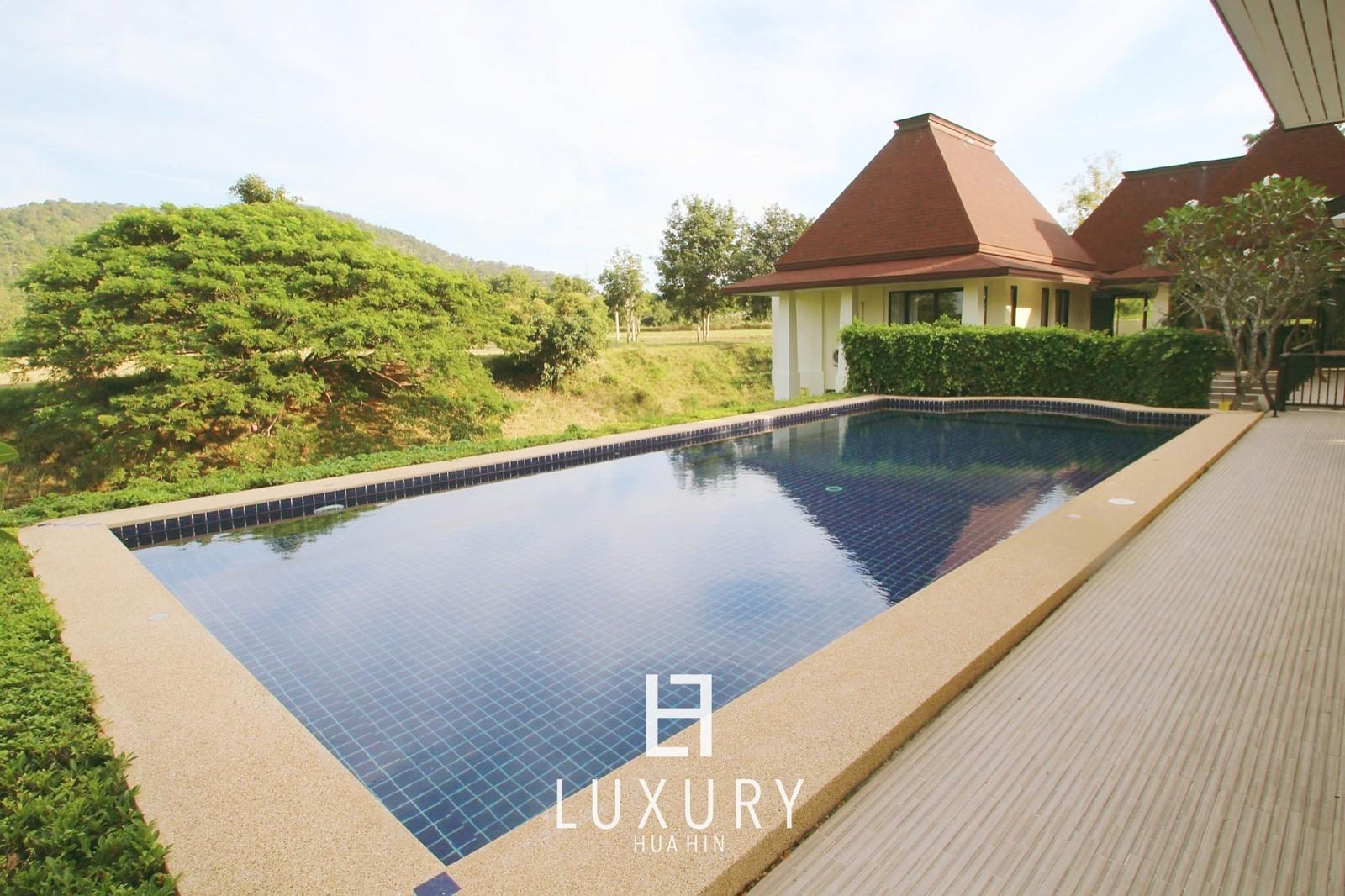 Bali style 7 bedrooms Pool villa Palm Hills PH202