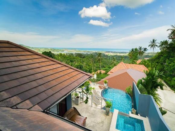 4 Bedroomed Seaview Chaweng Noi - Mattana 1
