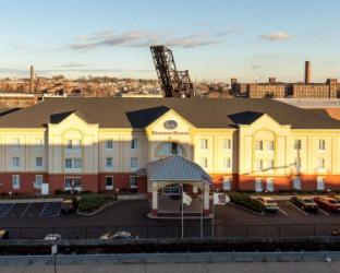 Reviews Comfort Suites Newark - Harrison